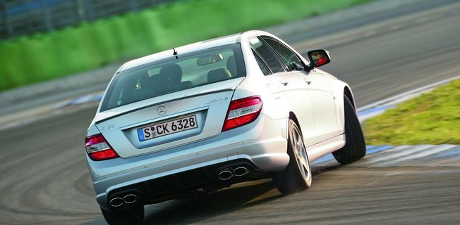 Mercedes-Benz C 63 AMG T Performance (2011-)