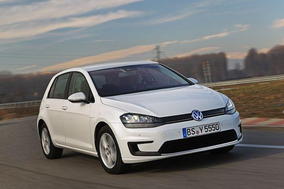 Volkswagen_e-Golf_2013_produkcni_verze_01_800_600.jpg