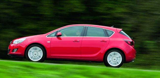 Opel Astra 1.4 (2011-)