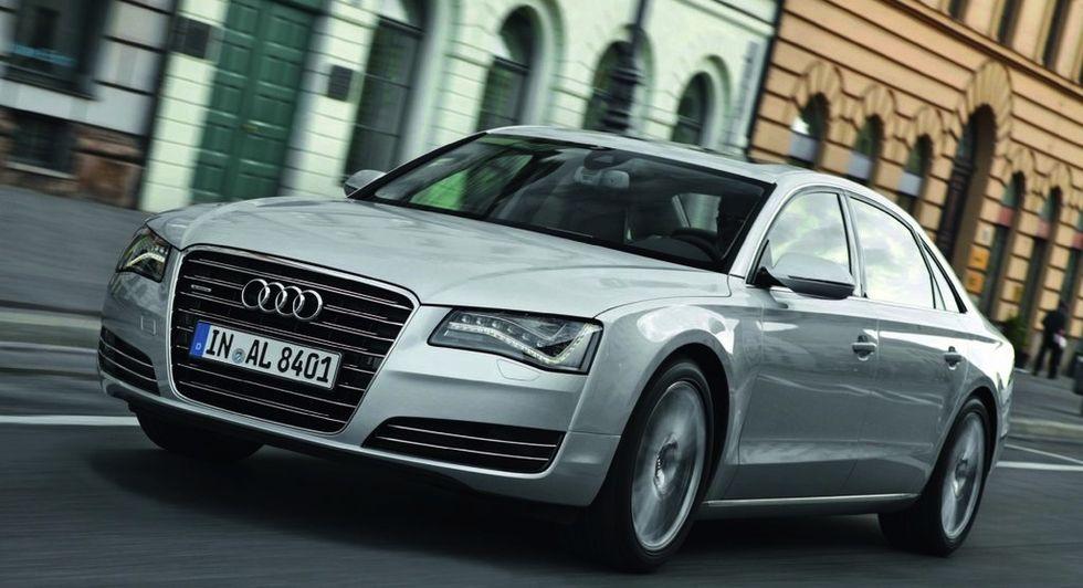 Audi sänker priset på långversionen av A8 i Kina med 20 procent. Vad tror du – håller bilmarknaden i Kina på att mättas, eller kan den fortsätta öka?