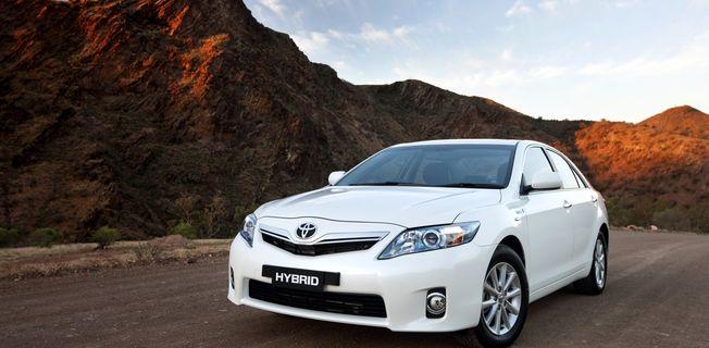 Toyota Camry 2.4 Hybrid (2011-)