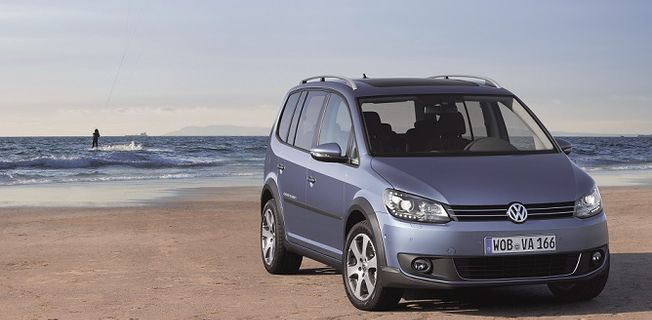 Volkswagen Cross Touran 2.0 TDI (2011-)