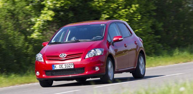 Toyota Auris 1.5 (2011-)