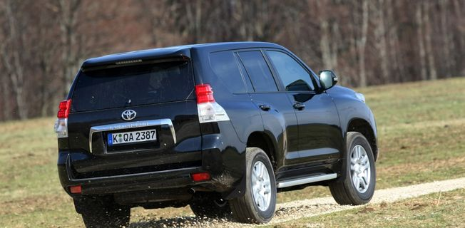 Toyota Land Cruiser 3.0 D-4D (2011-)