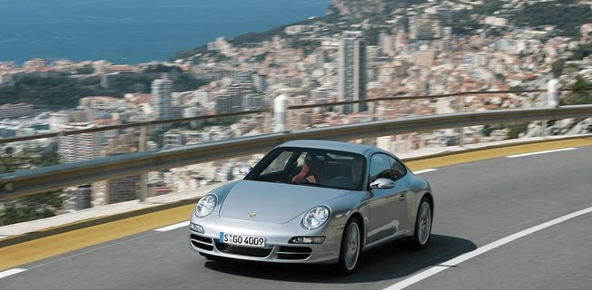 Porsche 911 Carrera 4 (2011-)