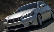 Lexus visar nya GS 450h