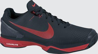 quality design 747aa cdce4 I nya Nike Vapor VI Tour appliceras Flywireteknologin på en tennissko. De  små vajrarna håller foten på plats i skon i sidled och genom att hälen  hålls i ett ...