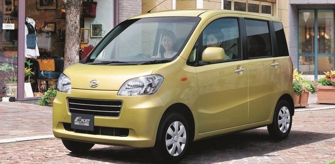 Daihatsu Tanto 0.7 Exe Custom (2011-)
