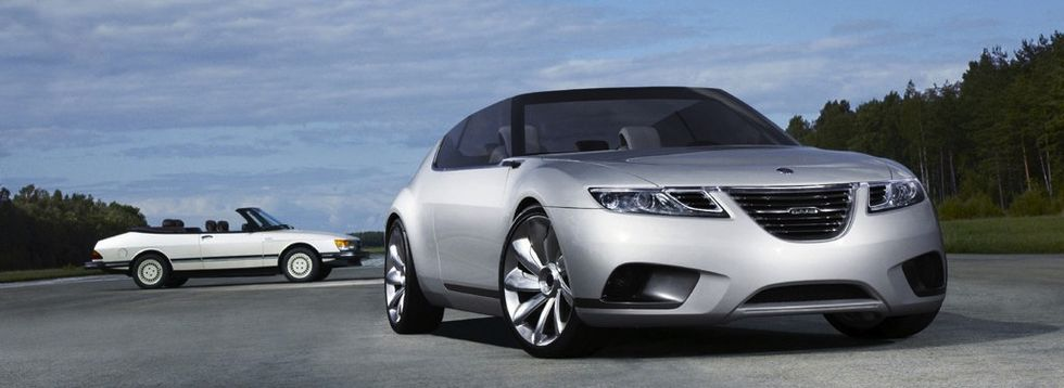 Saab 9-X Air BioHybrid Concept visades upp på Parissalongen 2008. Visst delar den vissa designdrag med 9-1?