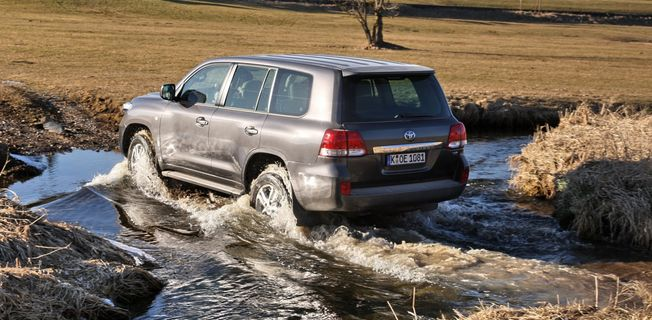 Toyota Land Cruiser 4.6 (2011-)
