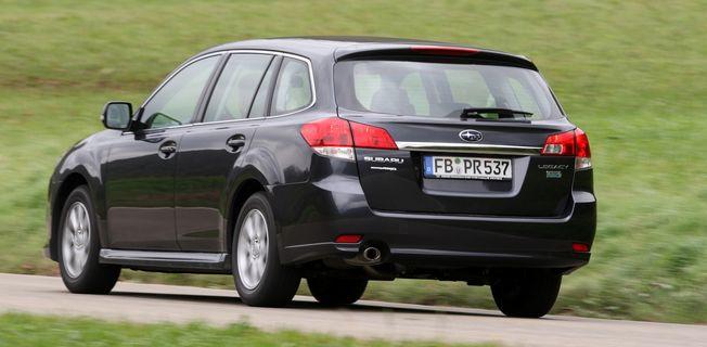 Subaru Legacy Kombi 2.5 (2011-)
