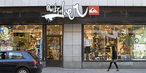 adidas affär i stockholm