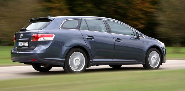 Toyota Avensis Combi 1.6 (2011-)