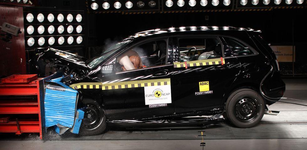 B-klass Mercedes Euro-NCAP