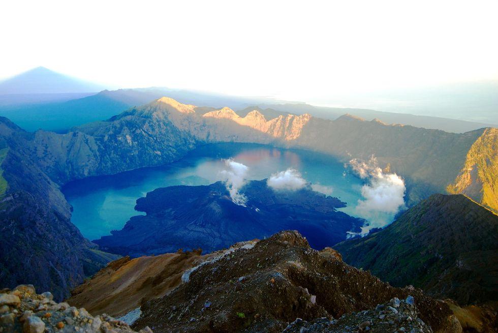 Vulkanen mullrar igen klattringen uppat har borjat