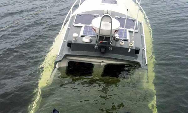 lyfter dig till annan båt
