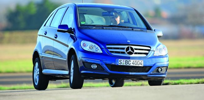 Mercedes-Benz B 200 (2011-)