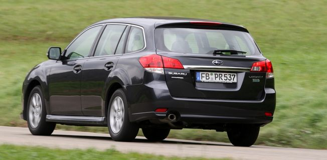 Subaru Legacy Kombi 2.5i (2011-)