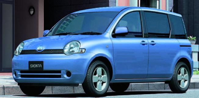 Toyota Sienta 1.5 (2011-)
