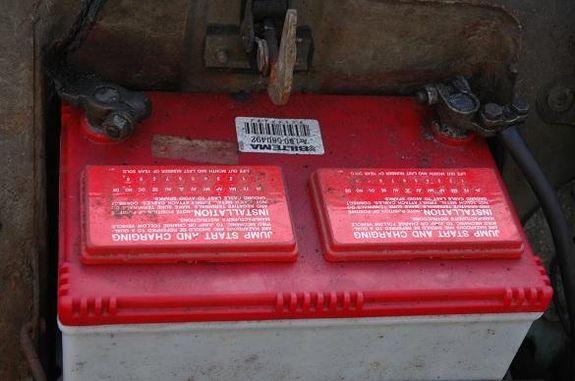 Batterifrånskiljare på plus- eller minuspol?