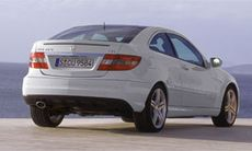 PROVKÖRD: 3 x Mercedes