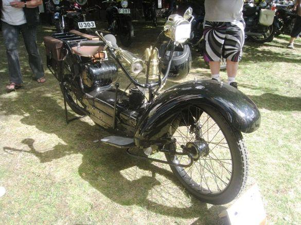Vinnaren i motorcykelklassen blev nästan en bil, eller åtminstone en Near-a-car från 1923. Foto: Ewald Ekman