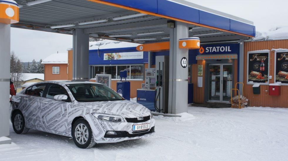 Så fin bensin som Statoil kan erbjuda får Qoros 3 Sedan knappast i Kina!