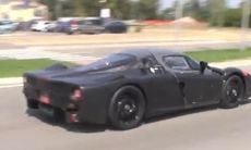 Bildläcka: Ferraris nya hybridmotor